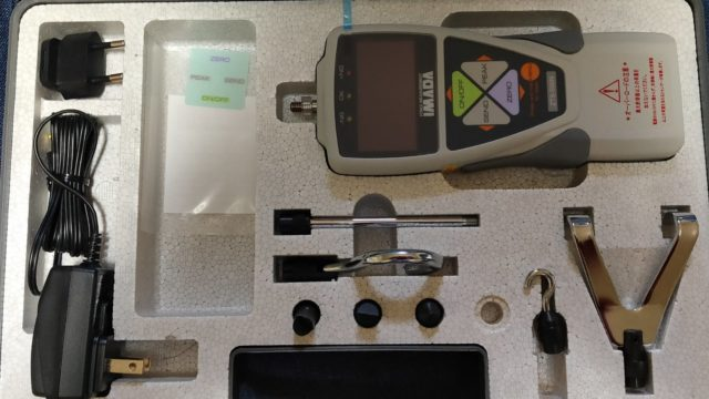 巻き抵抗強度測定に使うデジタルフォースゲージ