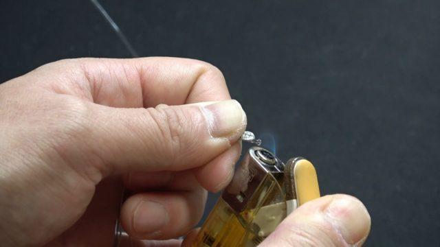 簡単FGノットの結び方を解説ライターで炙る