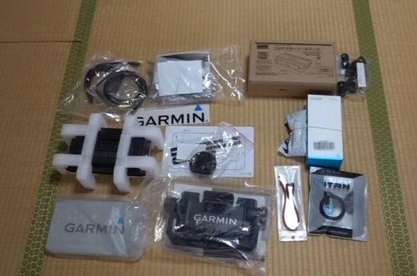 ガーミン魚探エコマッププラスとモバイルバッテリー等の部品