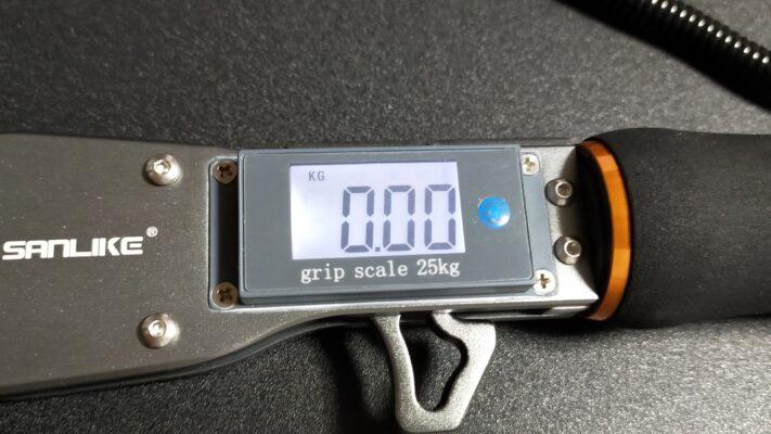 20kg以上。25kgまで測定可能なフィッシュグリップ。
